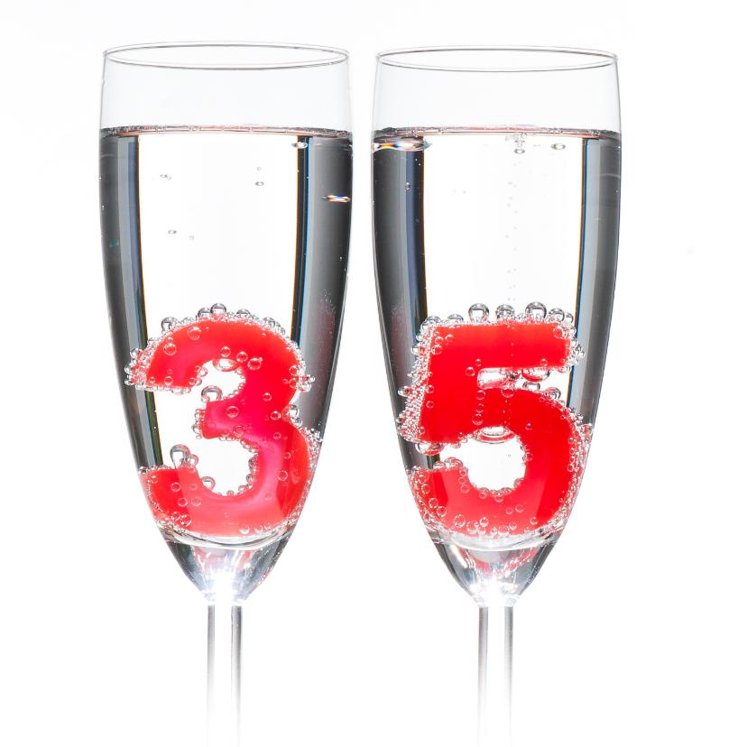 35 in champagne glazen 2