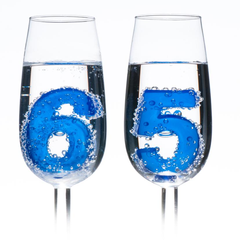 65 in champagne glazen 2