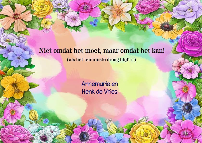 Feestelijke uitnodiging voor een tuinfeest met bloemen 3