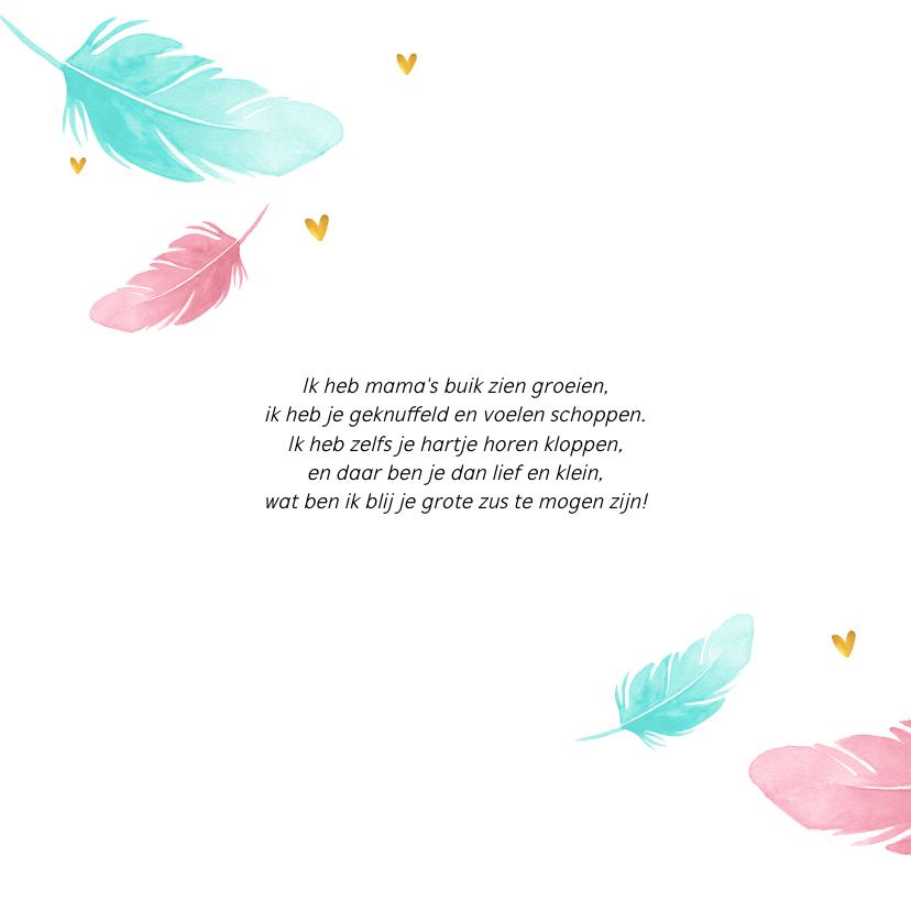 Geboortekaartje met geschilderde veertjes en gouden hartjes 2