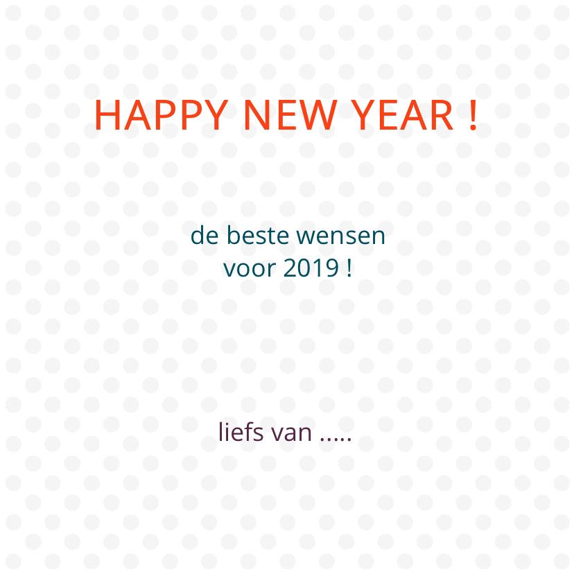 Happy new year met gekleurde stippen 3