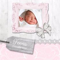 Geboortekaartjes - Hout met label roze meisje - BK
