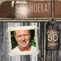 Verjaardagskaarten - Jarig hout en naamkaartje a