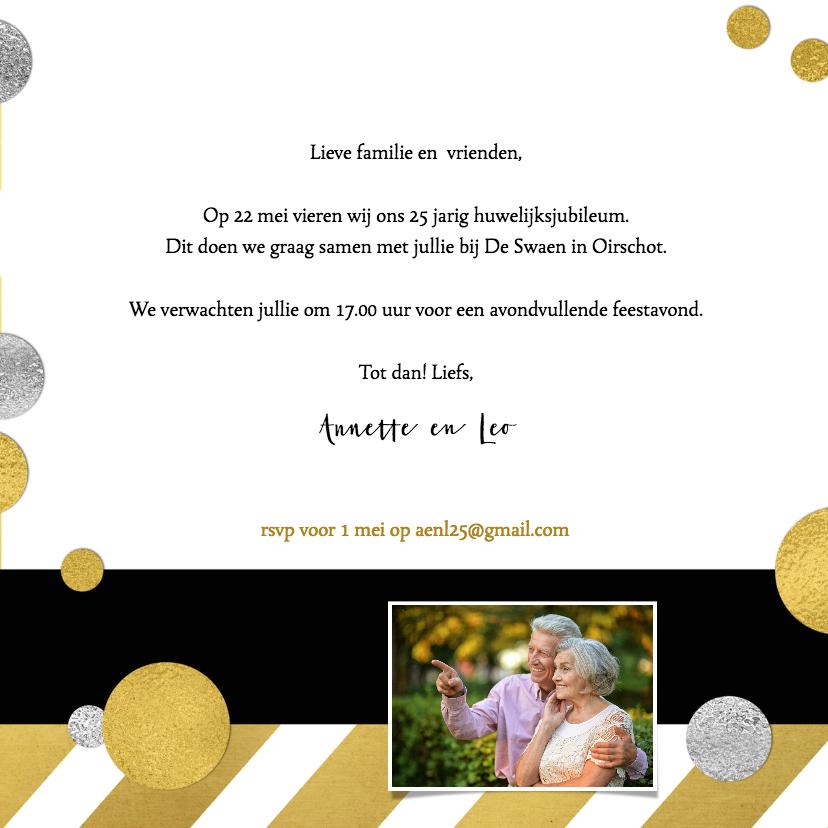 Jubileumkaart goud strepen en confetti 3