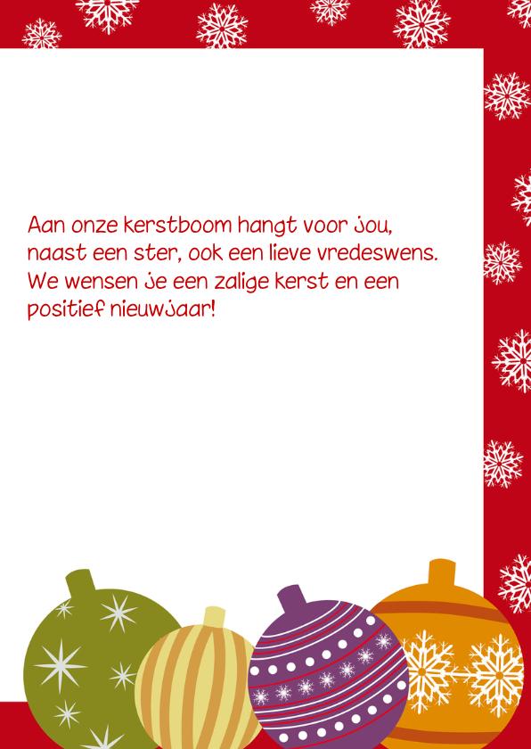 Kerstkaart met kerstballen en foto 3