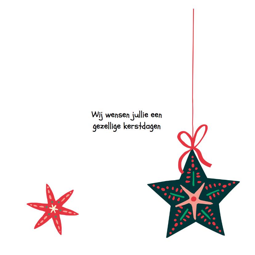 Kerstkaart met kerststerren en een letterslinger  3