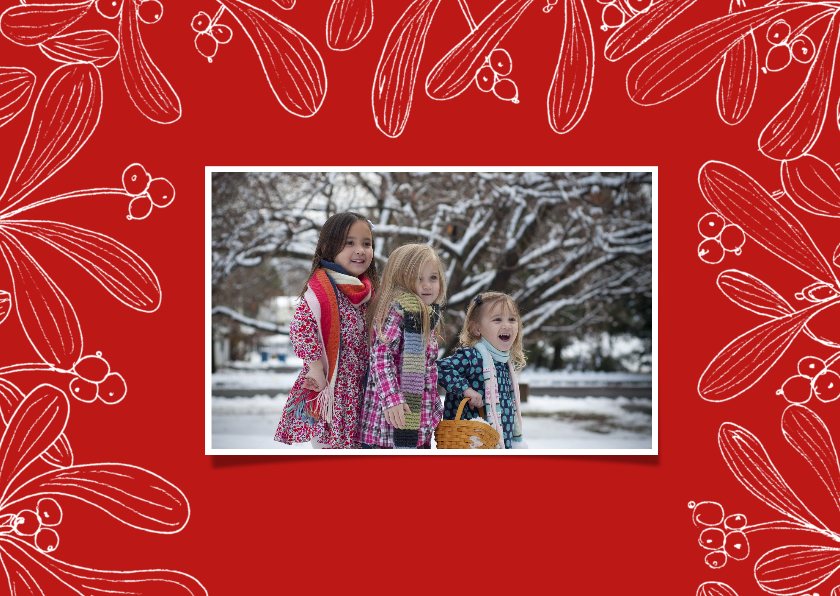 Kerstkaart mistletoe fotokaart met rode achtergrond 2