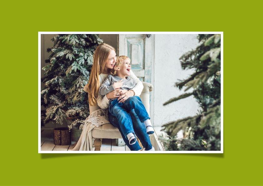 Kerstkaart Kerstballen eigen foto op hout 2