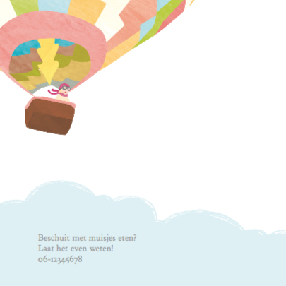 Meisje in kleurige luchtballon 2