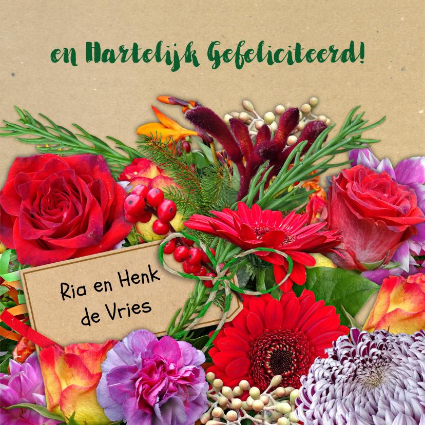 Mooie bloemenkaart bos bloemen met oa rozen en takjes 3