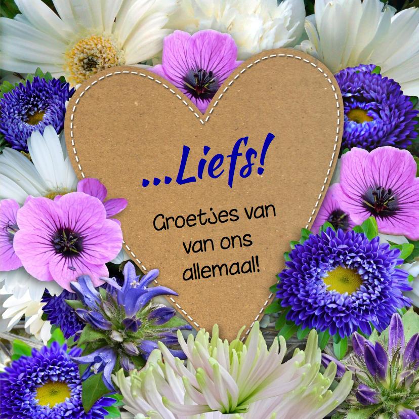 Mooie bloemenkaart met foto op hart van karton 3