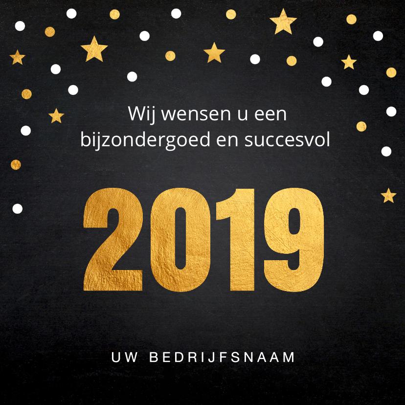 Nieuwjaarskaart confetti goud 2019 krijtbord 3