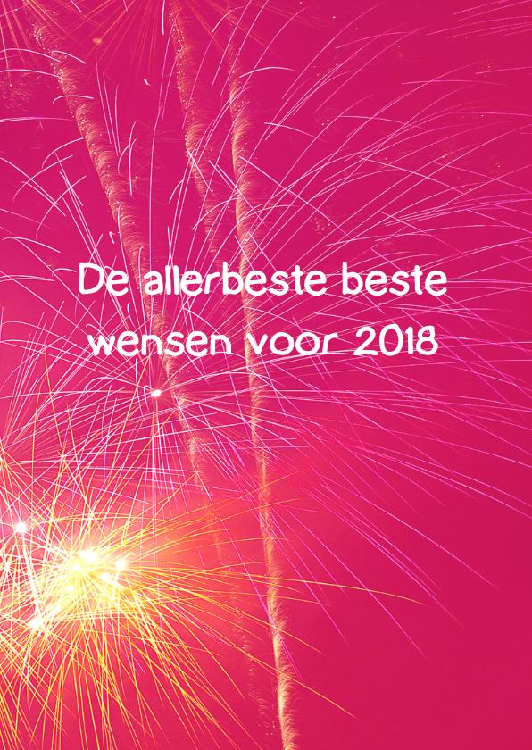 Nieuwjaarskaart met knallend vuurwerk 3