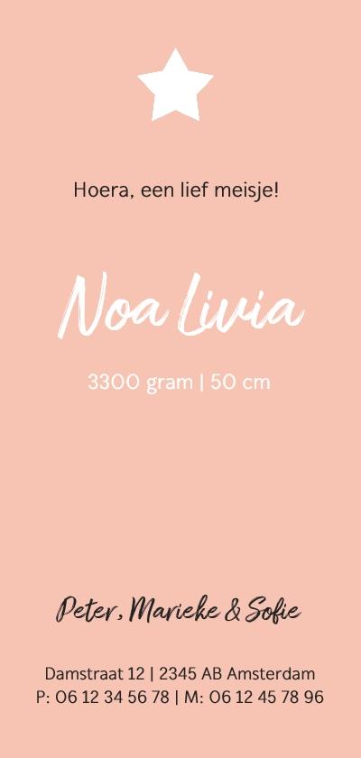 Roze geboortekaartje met witte sterretjes en label 3