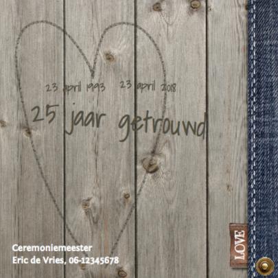 Stijlvolle foto jubileumkaart met hout en jeans 2