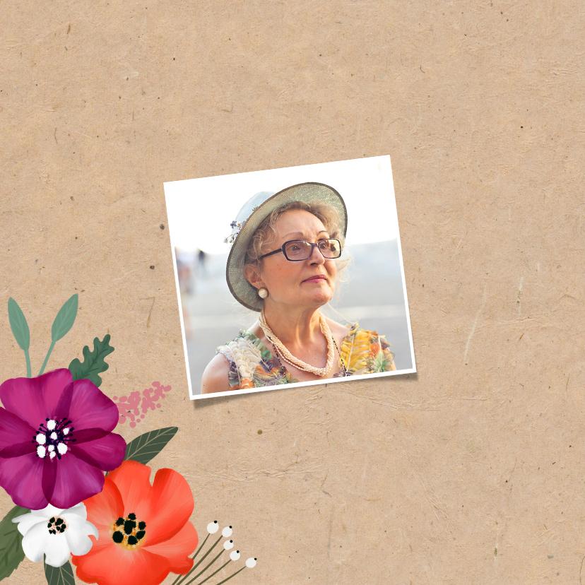 Uitnodiging verjaardag kraftlook met vrolijke bloemen 2