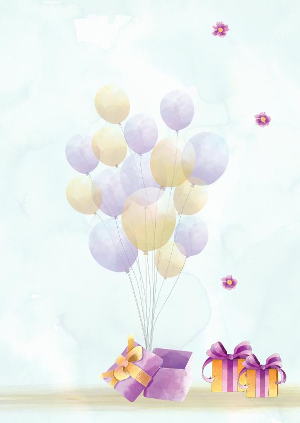Verjaardag jongedame met ballonnen en pakjes 2